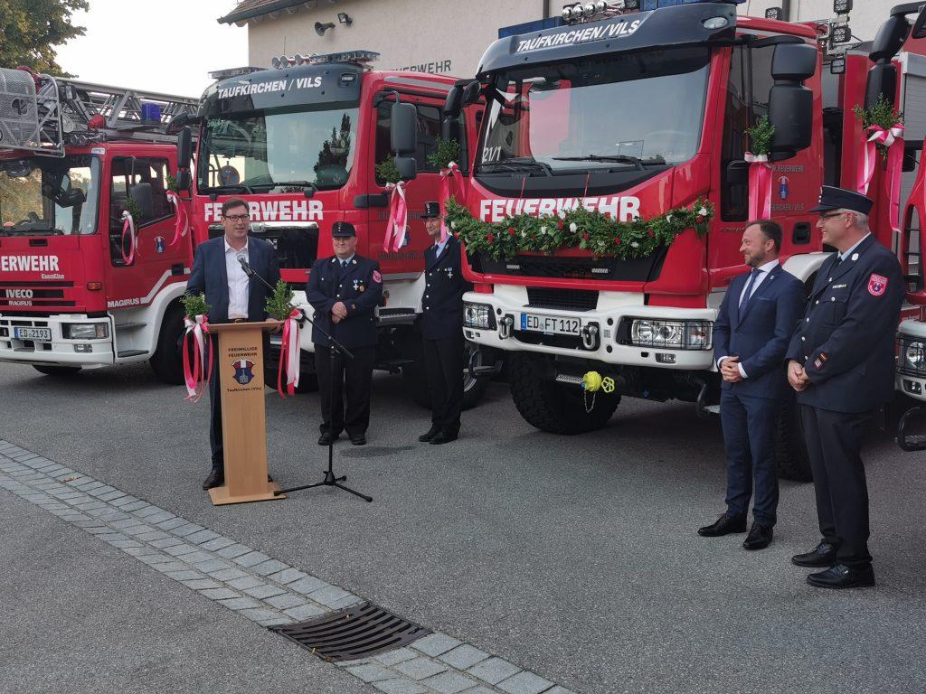 Auch Landrat Martin Bayerstorfer betonte die große Bedeutung der freiwilligen Feuerwehren.